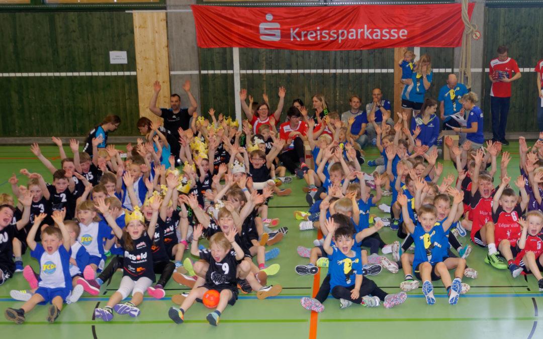 """Mini Spielfest """"Märchen"""" in der Doppelsporthalle"""